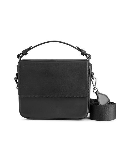 markberg adora large crossbody bag black